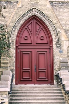 love the mauve colored doors