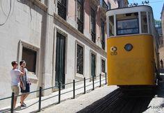 Elevador da Glória, Lisboa Lisbon City, Portuguese Culture, Round Trip, Buy Tickets, Day Trips, Tourism, Street View, Explore, Vacations