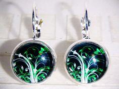 Ohrringe - Ohrringe Blume grün Damen Ohrschmuck handgemacht - ein Designerstück von ausgefallene-Ohrringe bei DaWanda