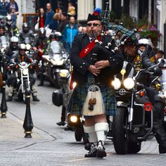Piping the RBLR through Durham City.