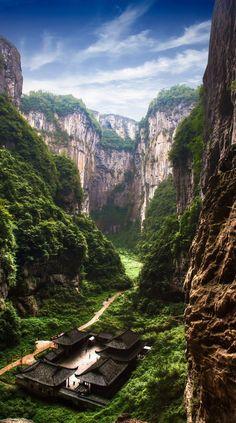 #Qikeng_Don in #Wulong, #Chongqing - #China http://en.directrooms.com/hotels/district/1-12-630-29443/