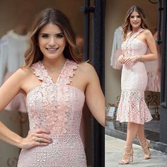 Vestido midi @lovlity  Renda e detalhes que deixam o look super feminino e elegante do jeitinho que a gente ama! ❤️