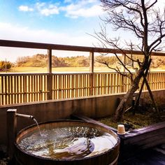 Since Japanese people have a unique image of tattoos and people with them, many bathing facilities do not allow people with tattoos in their baths. However, here are some hot springs and bathhouses that do allow people with tattoos so you can have the best experience indulging in Japanese bathing culture here.