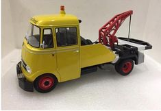 Model Cars Building, Toy Trucks, Diecast Models, Old And New, Vintage Toys, Hot Wheels, Miniatures, Toys, Old Fashioned Toys