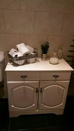 Upcycle cupboard for bathroom