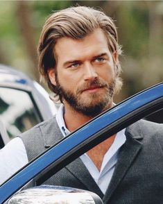 Turkish Men, Turkish Actors, Kurt Seyit And Sura, Actrices Hollywood, Famous Couples, Actor Model, Most Beautiful Man, Male Face, Best Actor