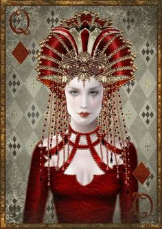 Maxine Gadd - Queen of Diamonds