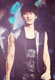 eunhyuk -- one of my favorite members of Super Junior...