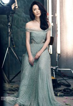 Harper's Bazaar China - YD152L - Jenny Packham