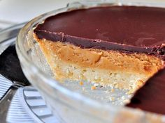 peanut butter pie with a sugar cookie crust