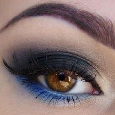 Idea make up occhi marroni con ombretto blu