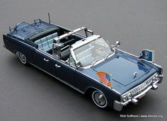 Yat Ming 1961 Lincoln X-100 Kennedy Limousine diecast car