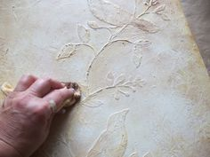 Today, I am going to give a tutorial, using modeling paste,  to create easy home decor pictures.            Supplies    Modelin...