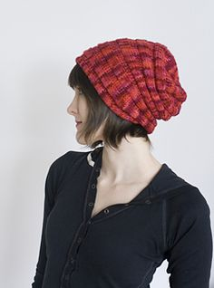 A bouncy, springy, sproingy cozy hat!