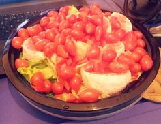 Staying healthy by eating a salad with grapefruit red bell peppers and lots of grape tomatoes.  #TastesGood #WishIHadSomeDressingThough #ThinkingAboutMakingMyOwnDressingForNextTime