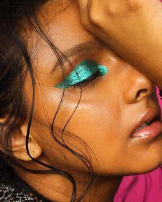 Gorgeous Makeup: Tips and Tricks With Eye Makeup and Eyeshadow – Makeup Design Ideas Makeup Inspo, Makeup Inspiration, Beauty Makeup, Lots Of Makeup, Makeup For Teens, Edm, Makeup Carnaval, Coachella, Festival Makeup Glitter