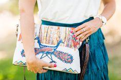 Stones and cream ethnic bag miss guided falda de flecos de ante gafas de sol de espejo sandalias romanas cordones Zara Crimenes de la Moda