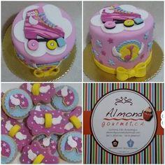 soy luna cookies y cake Soy Luna Cake, Roller Skate Cake, Fondant, Fiesta Colors, Happy Birthday, Birthday Cake, Birthday Ideas, Moana Party, Candy S