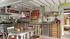 Risultati immagini per arredo casa stile antico italiano