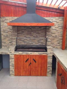 Outdoor Kitchen Patio, Outdoor Kitchen Countertops, Outdoor Kitchen Design, Outdoor Decor, Parrilla Interior, Built In Braai, Brick Bbq, Patio Grill, Outdoor Fireplace Designs