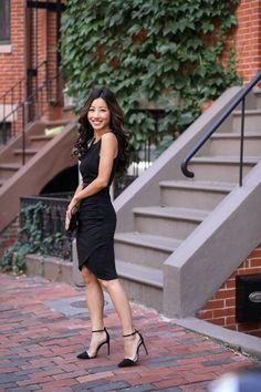 Date night outfit ideas black dress extra petite fashion. Little Black Dress Outfit, Black Dress Outfits, Black Tank Dress, Perfect Little Black Dress, Evening Outfits, Night Outfits, Classy Outfits, Work Fashion, Fashion Outfits