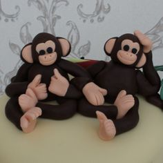 Cheeky monkey cake topper for jungle birthday cake from www.cakesbykit.co.uk