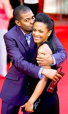 Freema Agyeman & Noel Clarke - aka Mickey Smith and Martha Jones. At the end of season 4 Mickey and Martha are married. There's a lot of Smith's in Doctor Who. Noel Clarke, Doctor Who Cast, Martha Jones, Nerd Love, Torchwood, David Tennant, Dr Who, Celebs, Celebrities