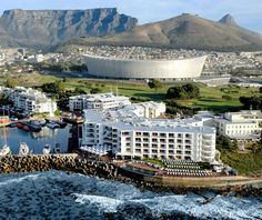 Hotels Compare Booking Site finds Radisson Blu Hotel Waterfront Cape Town deals on all the top travel stites at once. Best Price Guaranteed on Radisson Blu Hotel Waterfront Cape Town at Hotels Compare Booking Site. Africa Day, Out Of Africa, Bed And Breakfast, Hotel Sites, Hotel Deals, Hotel Boutique, V&a Waterfront, Cape Town South Africa, Hotels And Resorts