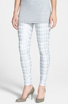 Hue denim leggings almost white