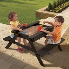 Picinic table / sand box. Perfect!
