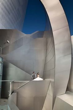 downtown LA post-wedding session- Walt Disney Concert Hall- photography by http://imaginephotoaz.com/