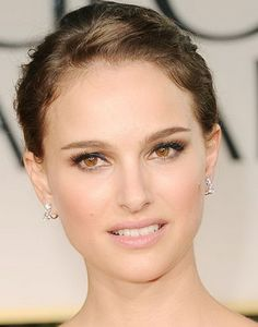 Natalie Portman's Charity Dior Lipstick | Fashion Week News. Design. Trends. Shows. Beauty
