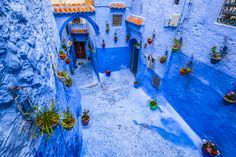 Blue City of Morocco - The whole city is art! Atlas Mountains Morocco, Chefchaouen, Destinations, Blue City, Wedding Templates, God Of War, Kayaking, Photos, Painting
