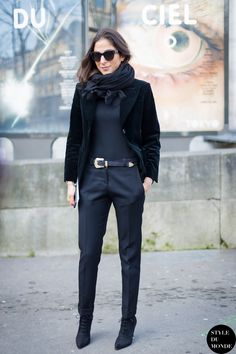 I love black on black outfits. But the different textures make this look especially interesting.
