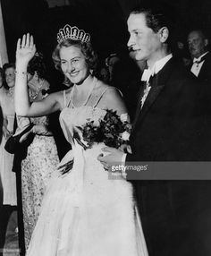 Archduke Josef Arpad of Habsburg and Princess Maria of Lowenstein pictured on their wedding day at Bronnbach, September 12th 1956. (Photo by Keystone/Hulton Archive/Getty Images)