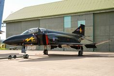 Black Mike. Retired F-4K Phantom FG1 Leuchars 2009 War Jet, F4 Phantom, Royal Air Force, Cold War, Military Aircraft, Lightning, Plane, Fighter Jets, Pretty