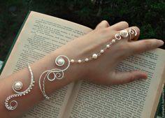 Купить Слейв браслет Княжна - белый, жемчужный, праздничный, свадебное украшение, свадьба, свадьба 2015