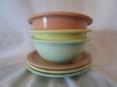 Riviera Ware molded by Melmac melmac retro dishes 1950s