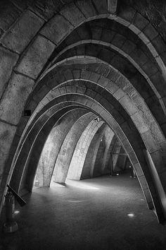 Fantastic arches. aberrantbeauty:  Bruna Martini