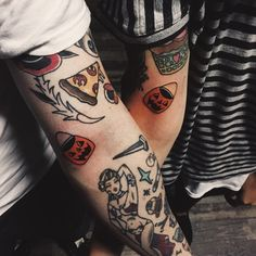 Description Colored hair and other amazing hairstyles and things i like. Ems Tattoos, Future Tattoos, Sleeve Tattoos, Cool Tattoos, Awesome Tattoos, Tatoos, Tattoo Filler, Spooky Tattoos, Pokemon