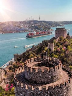 Wonderful Places, Beautiful Places, Fall Of Constantinople, Mercedes Vito, Places To Travel, Places To Visit, Hagia Sophia, Turkey Travel, Turkey Tourism