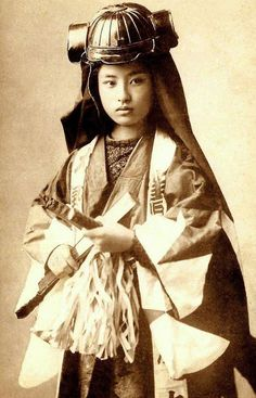 vintage everyday: Woman Samurai Warrior – 12 Rare Vintage Photos of Japanese…