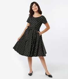 Vintage Dresses - Retro & Vintage-Inspired Dresses – Unique Vintage Vintage Inspired Dresses, Vintage Dresses, Black Spaghetti, Swing Skirt, 1940s Fashion, Model Pictures, Unique Dresses, Retro Dress, Black N Yellow