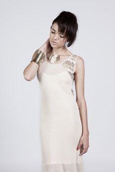Long dress. Crochet and hand machine.
