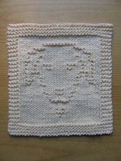 Labrador Portrait Dishcloth by Evelyn A. Clark - free pattern