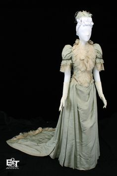 Wedding dress, 1890  From the Museum of Texas Tech University