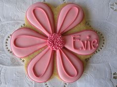 Sweet n' Pretty! We are using these cookies as place settings at our daughter's first birthday party! So cute!