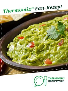 Guacamole by A Thermomix ® recipe from the Sauces / Dips / Spreads category on www.de, the Thermomix ® Community. Guacamole by A Thermomix ® recipe from the Sauces / Dips / Spreads category on www.de, the Thermomix ® Community. Healthy Appetizers, Appetizer Recipes, Aperitivos Vegan, Best Guacamole Recipe, Avocado Dessert, Salad Ingredients, Lidl, Avocado Toast, The Best