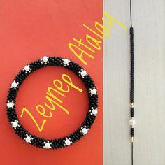 #zeynepatalay #kumboncuk #bileklik #altılı #bracelet #glassbeads #around6bracelet #handmade.