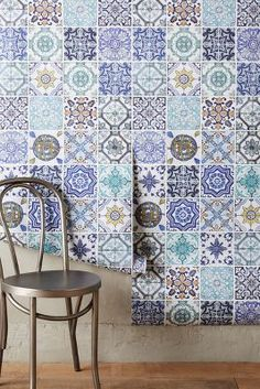 Debbie McKeegan Rinnie Mosaic Wallpaper amazing quick fix gypsy country folk lokk for kitchen or conservatory dining area feature wall moroccan tile latin chic without the fuss Mosaic Wallpaper, Unique Wallpaper, Bohemian Wallpaper, Moroccan Wallpaper, Kitchen Wallpaper, Deco Studio, Interior Decorating, Interior Design, My Room